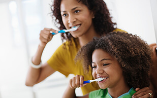 Children's oral health – how to make brushing fun.